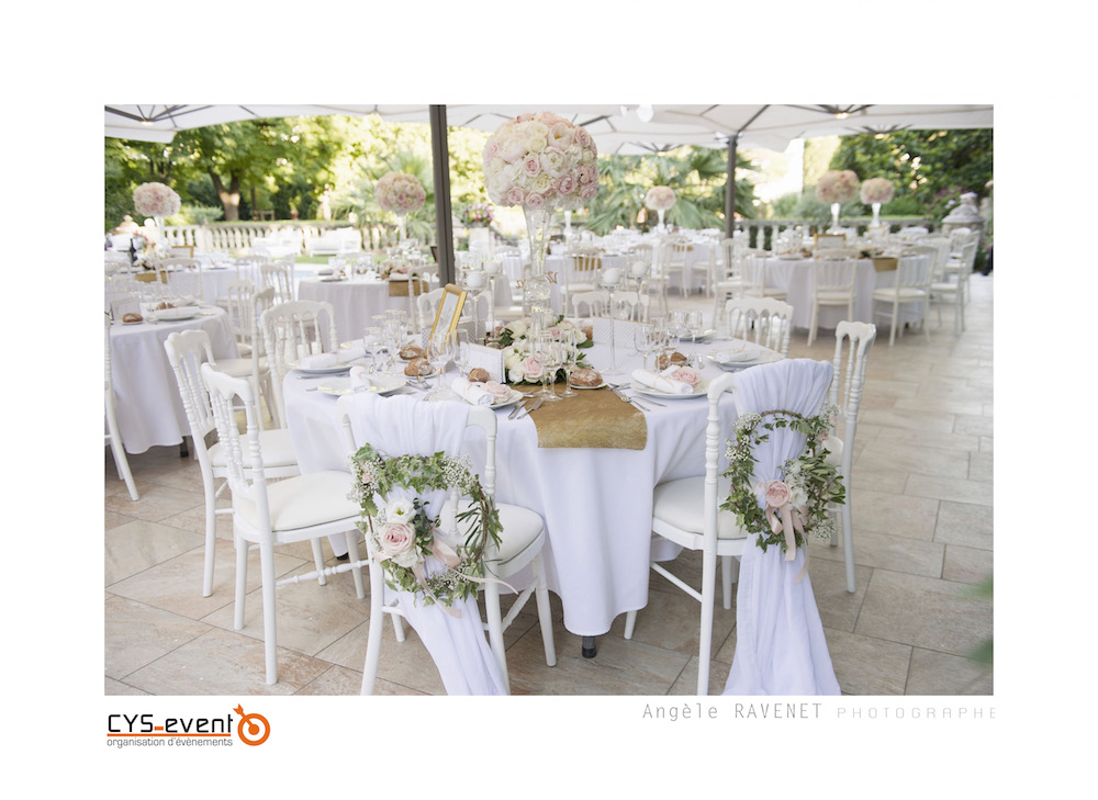 Decoration table mariage glamour chic moderne CYS Event Nîmes.jpg